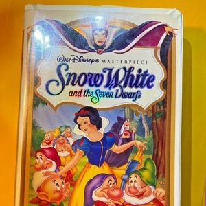 Vintage VHS Disney Snow White & the Seven Dwarves